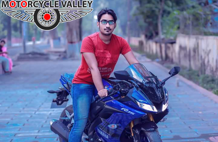 Yamaha-R15-v3-user-review-by-Abu-Hasnat