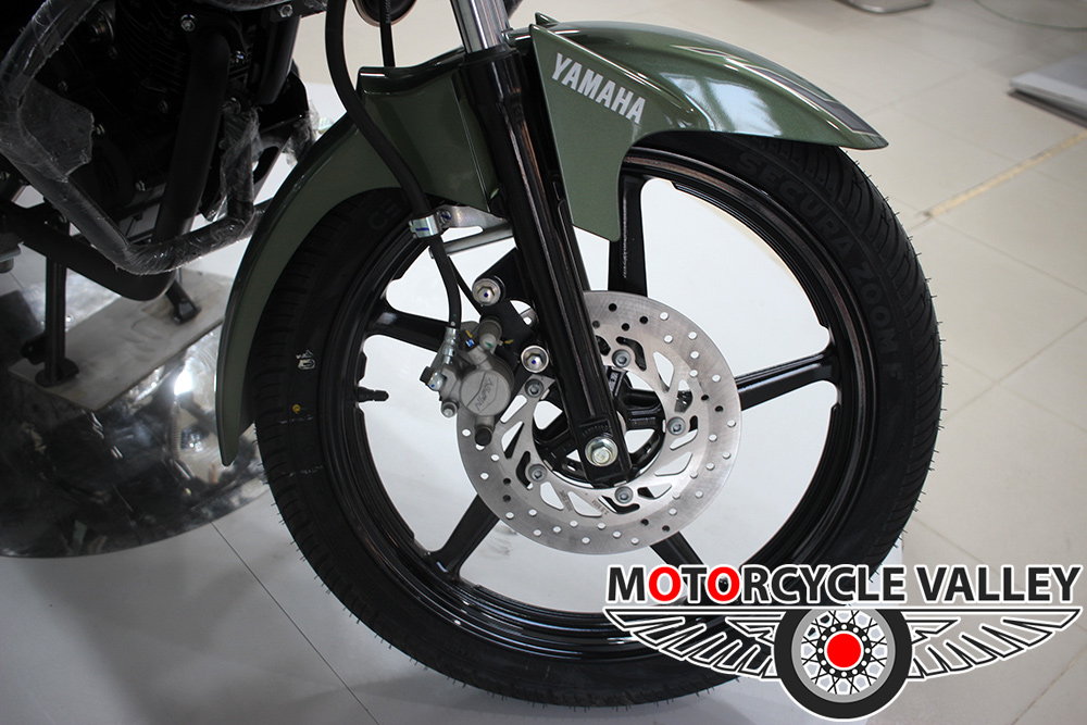 Yamaha-Saluto-Special-Edition-Feature-Review-Front-Wheel