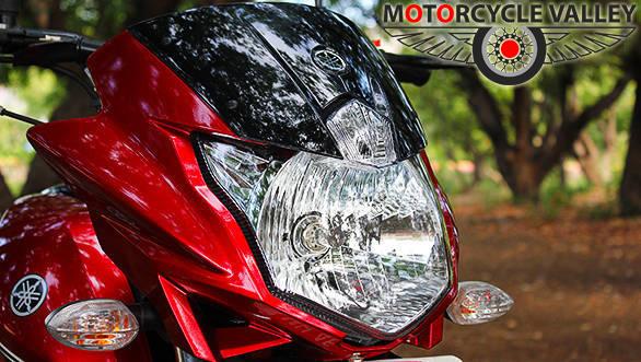 Yamaha-Saluto-headlamp