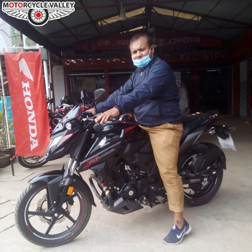 honda-x-blade-user-review-by-m-morshed.jpg