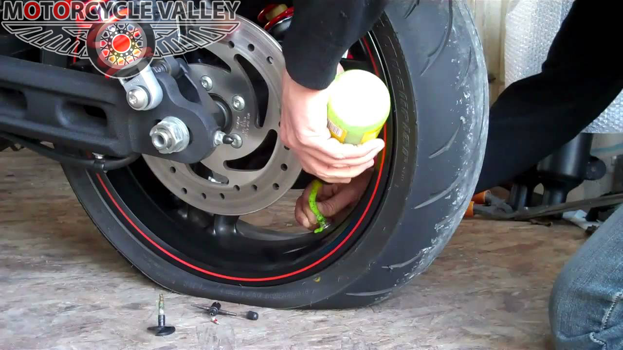 motorcycle-tire-sealant