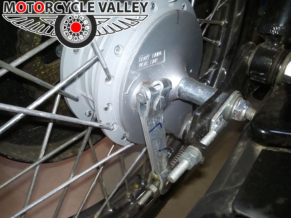 tvs-xl-100cc-moped-brake