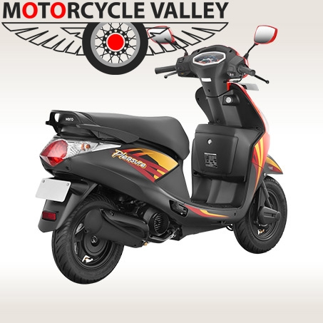 Yamaha Le Possibili Novit In Arrivo Per 2016 2017 E 2018 85364 as well Js Pop additionally Kymco Ak550 further Honda City Br Adventure likewise Details Build Price. on yamaha venture