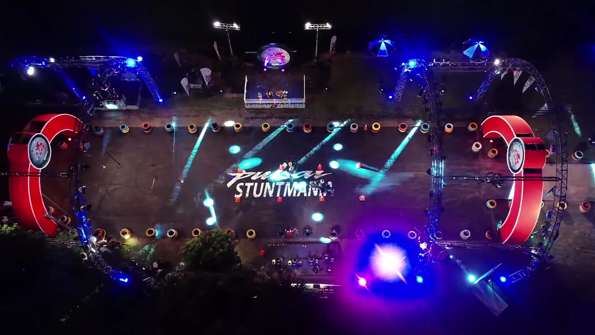 Pulsar Stuntmania 2019 Ground